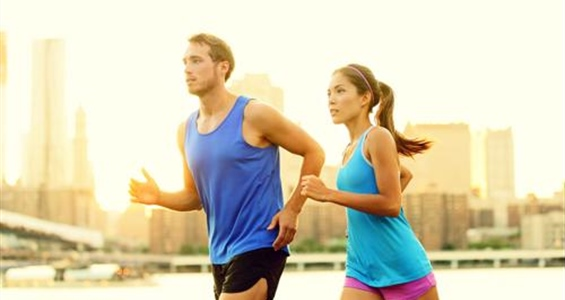 4 Ways Training for a Marathon With Your Significant Other Can Be Great for Your Relationship